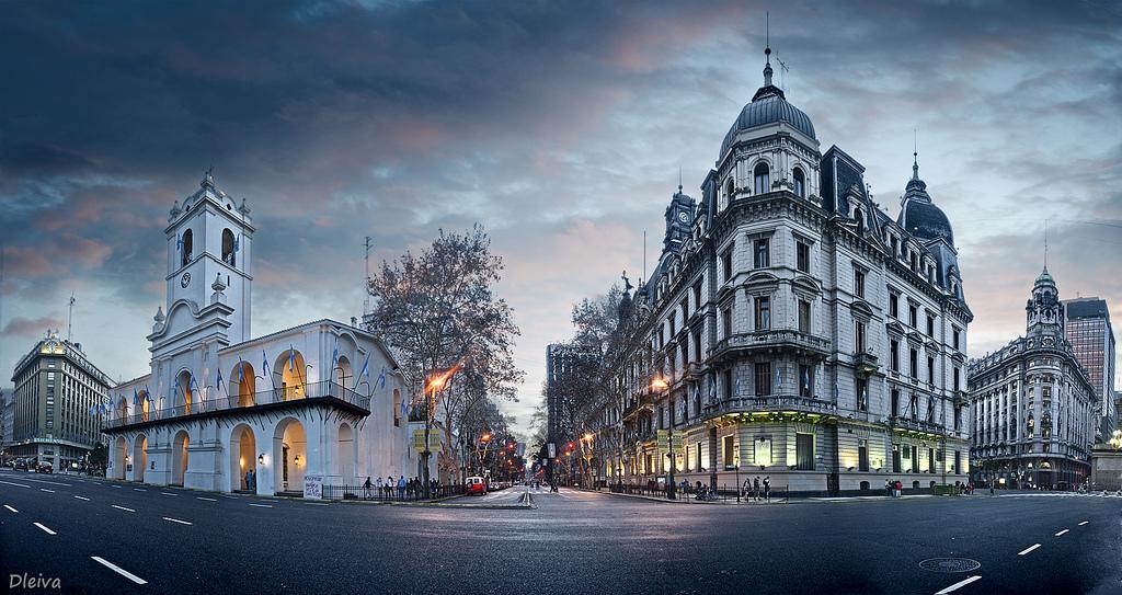 Qual a melhor época do ano para visitar Buenos Aires e por que?