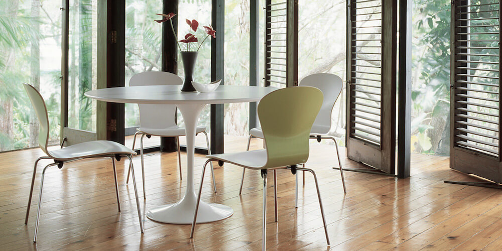 Knoll Saarinen Dining Table, featured in white laminate