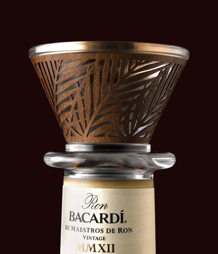 Bacardi Decanter Palm Leaf Detail CMYK 2