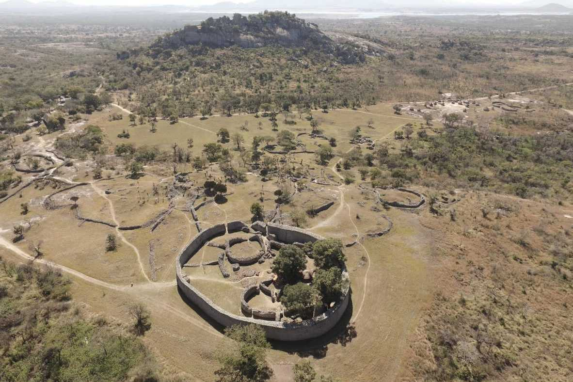 The Great Zimbabwe Ruins, history and folklore