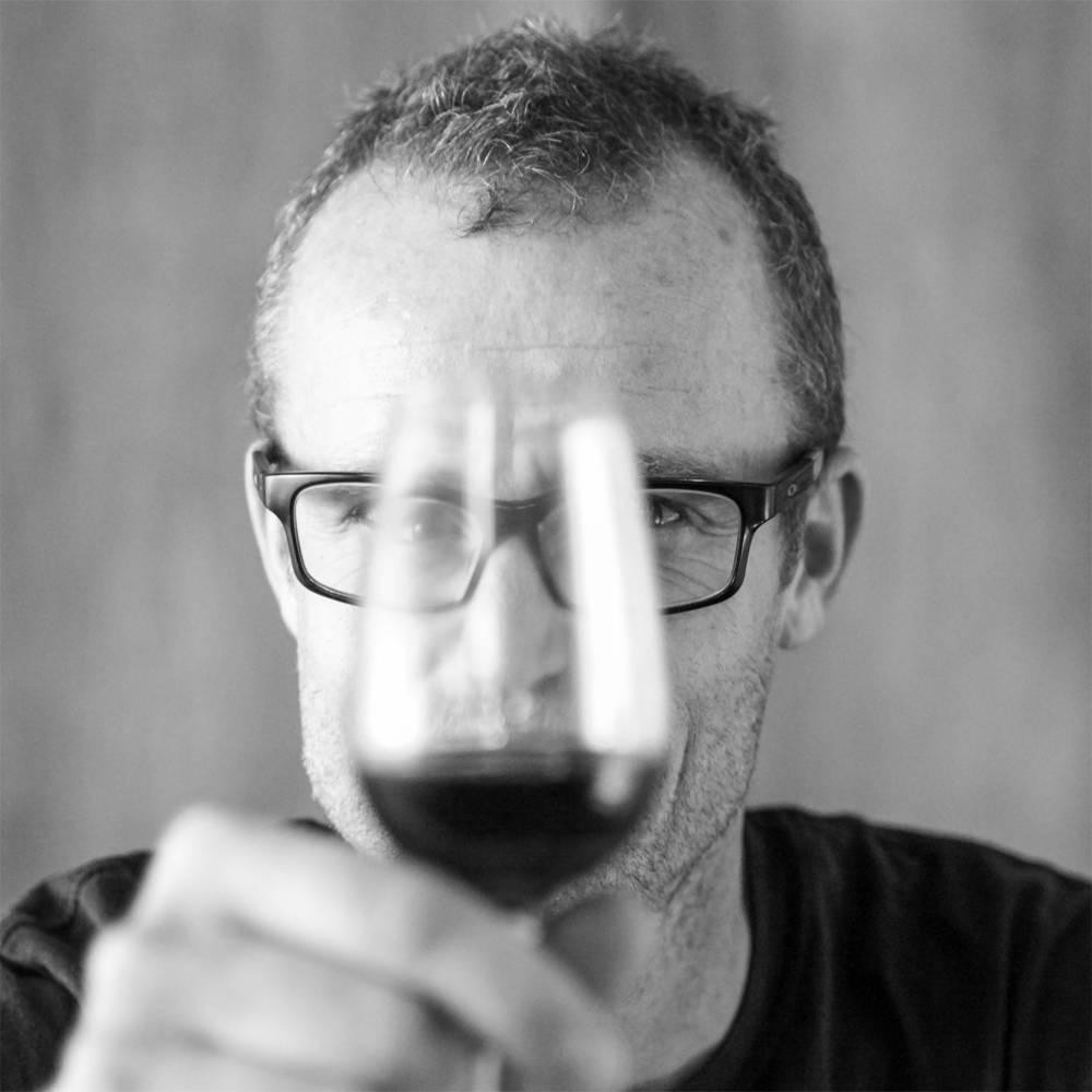France, vin nature, rawwine, organic wine, vin bio, vin sans intrants, bistro brute, vin rouge, vin blanc, rouge, blanc, nature, vin propre, vigneron, vigneron indépendant, domaine bio, biodynamie, vigneron nature, cave vin naturel, cave vin, caviste, vin biodynamique, bistro brute, Quimper, Finistère, philippe formentin, opi d'aqui, languedoc