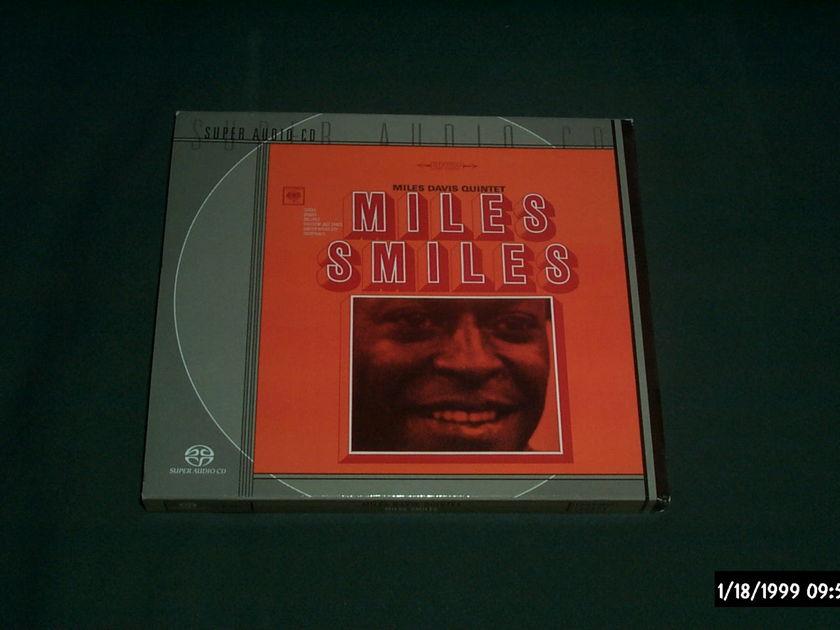 Miles Davis - Miles Smiles SACD  NM