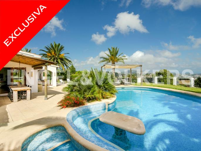 High Quality Luxury Finca with Sea Views in Pedramala - Benissa