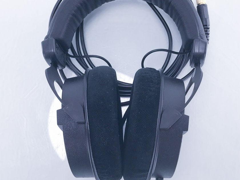 Beyerdynamic  DT 990 Pro Headphones; Black (2990)