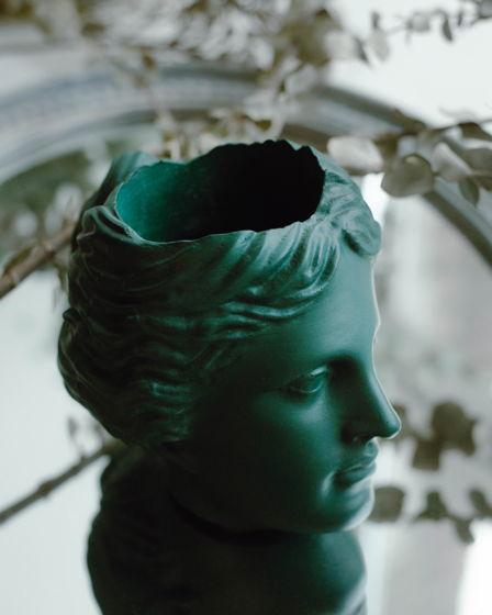Кашпо Венера цвета teal