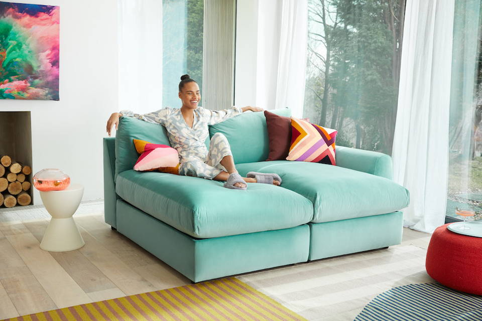 Snug Modern Chaise Sofa Day Bed