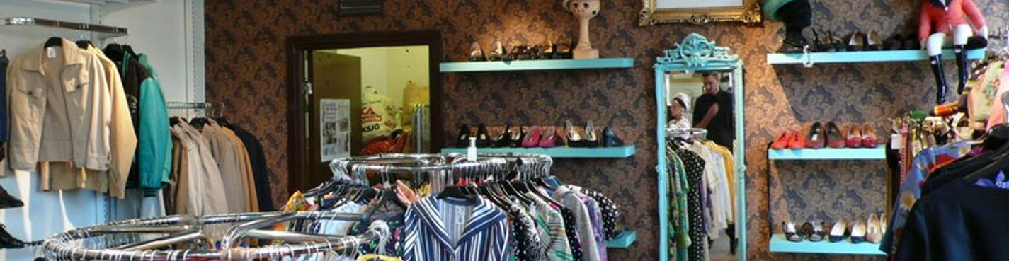 Vintage and second-hand shopping tour