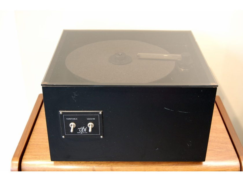 VPI Industries HW-16.5 Record Cleaning Machine