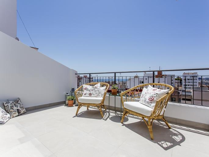 Renoviertes Penthouse mit Meerblick in St. Catalina