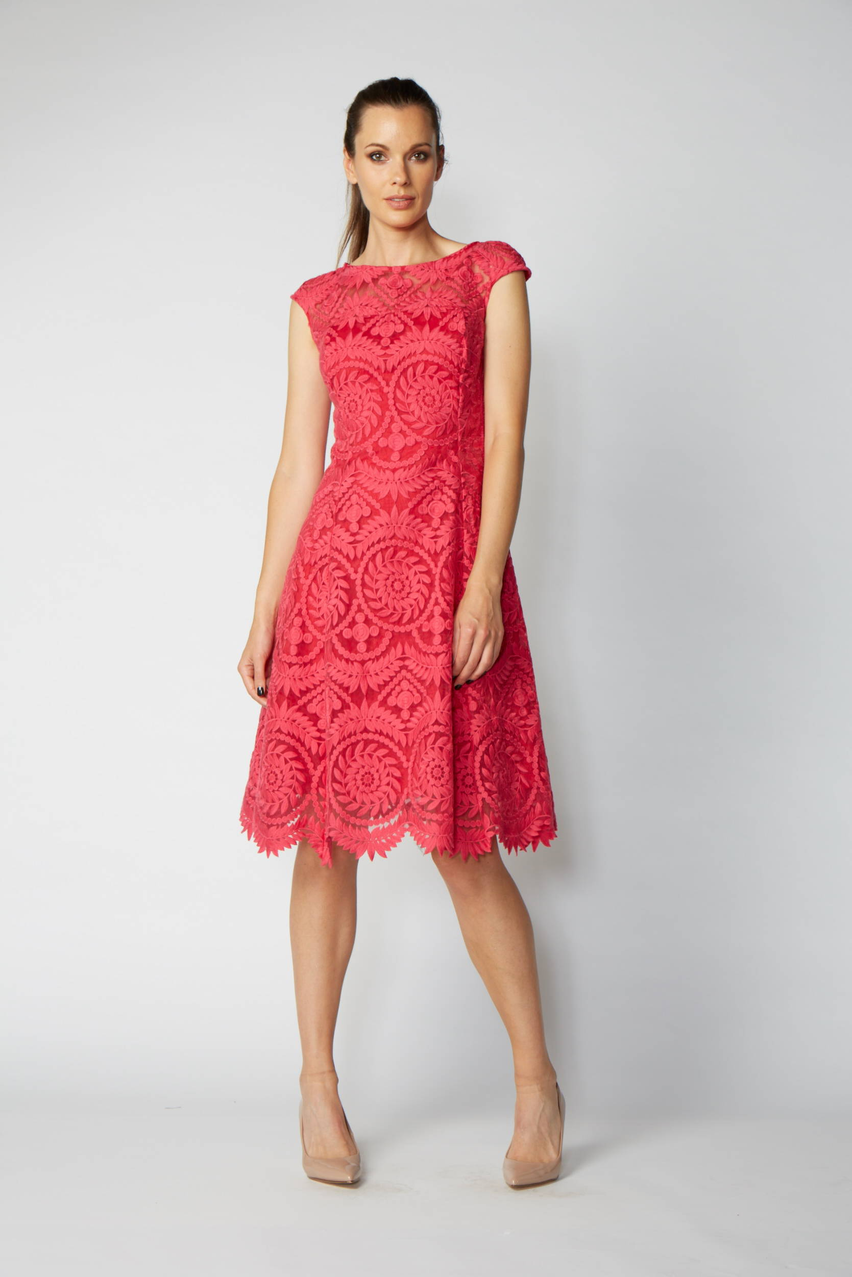 VERY VERY DEANA DRESS CORAL LACE FLARE