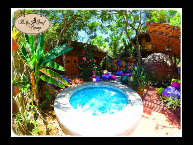 Balsa Surf Camp-Montañita
