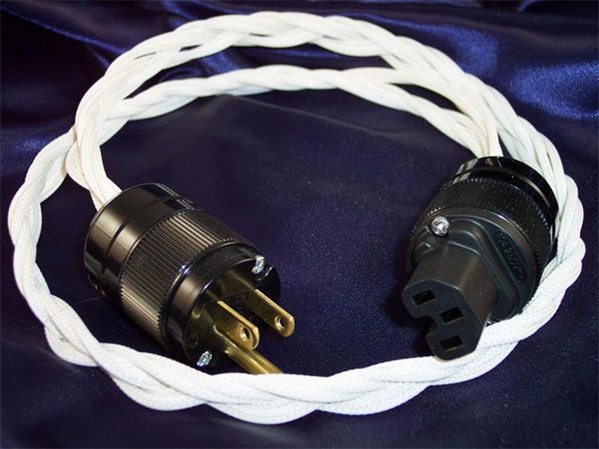 Black Mountain Cable 1M Peak Gold Power Cord Enjoy A Peak Experience