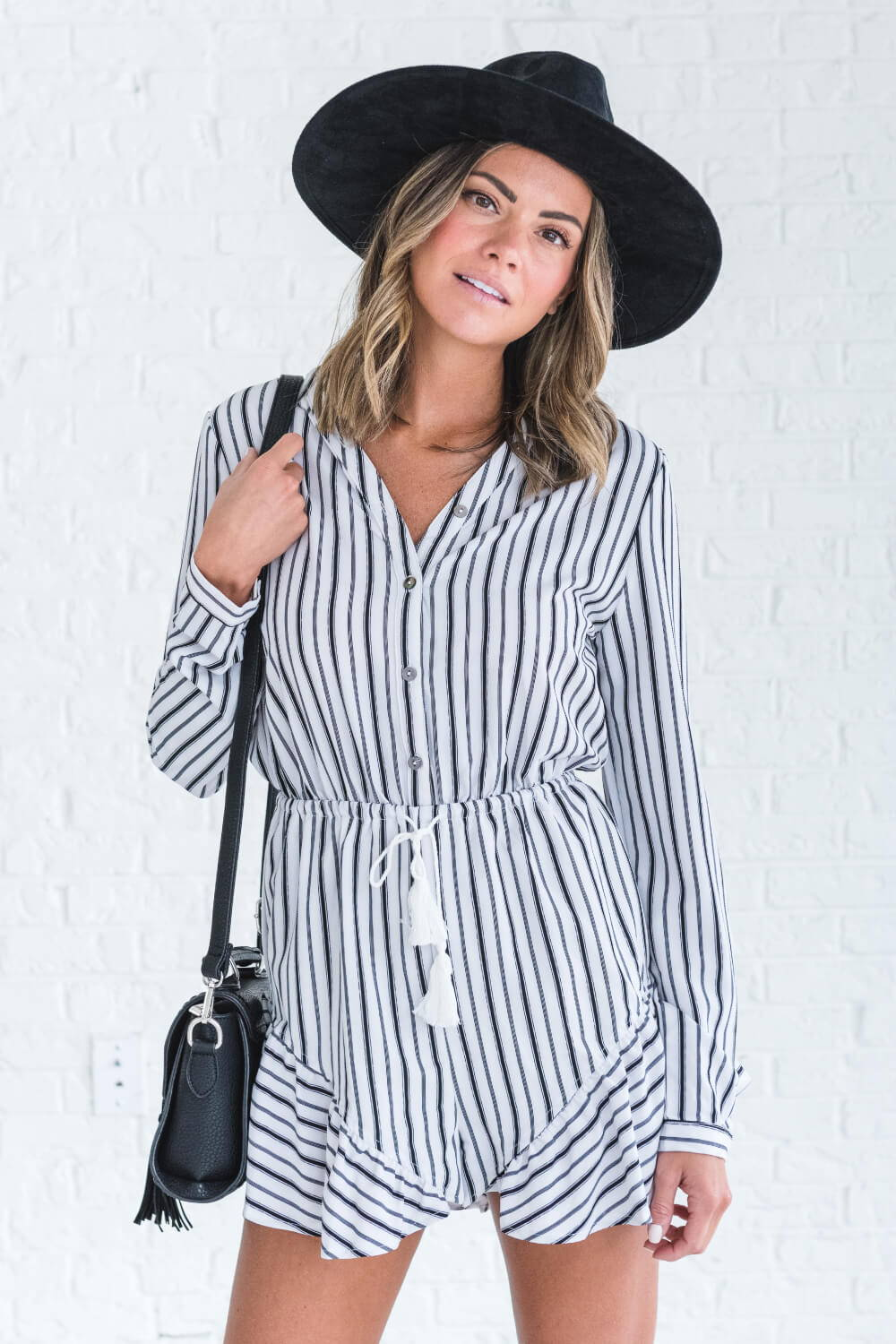 Summer Reading List 2018 striped romper