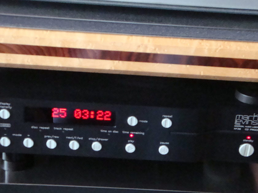 MARK LEVINSON 390S PLAYER 390S CD PROCESSOR UPSAMPLE HDCD HIGH DEFINITION/24 BIT