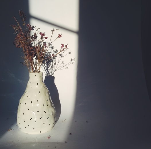 Керамическая ваза с полосочками
