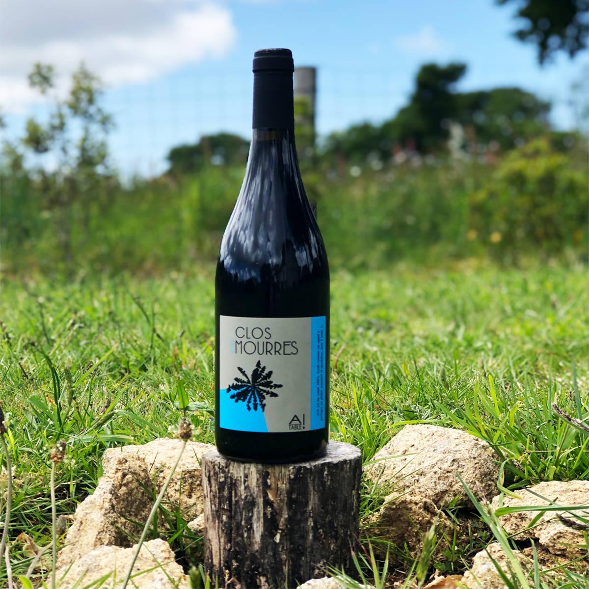 france, vin nature, rawwine, organic wine, vin bio, vin sans intrants, bistro brute, vin rouge, vin blanc, rouge, blanc, nature, vin propre, vigneron, vigneron indépendant, domaine bio, biodynamie, vigneron nature , a table rouge, clos des mourres
