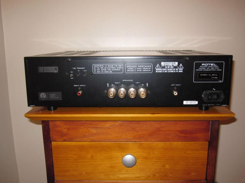 Rotel RB-1070 Amp