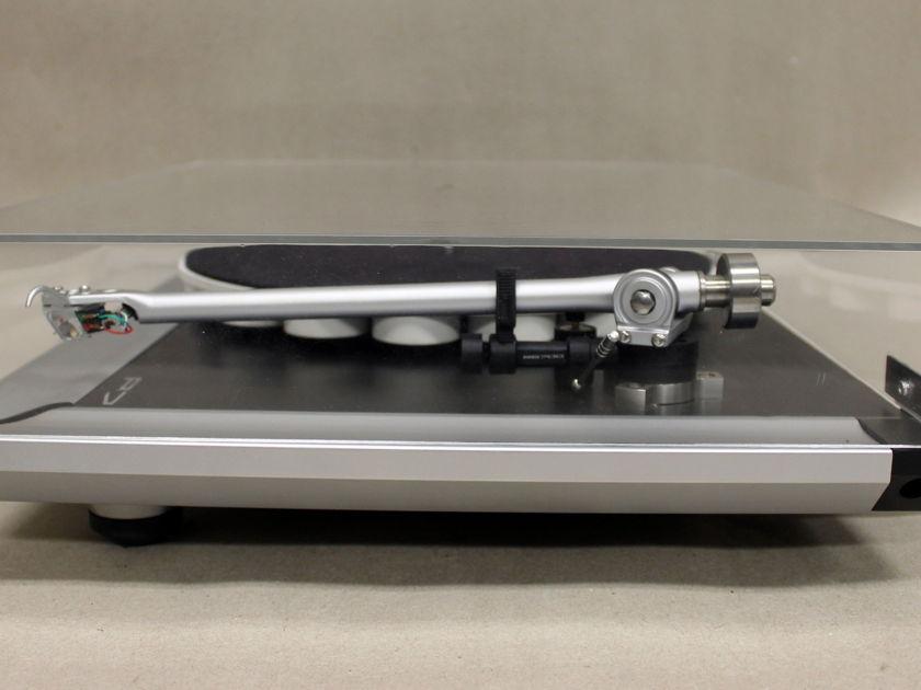 Rega P-7 Turntable w/Apheta 2 Cartridge