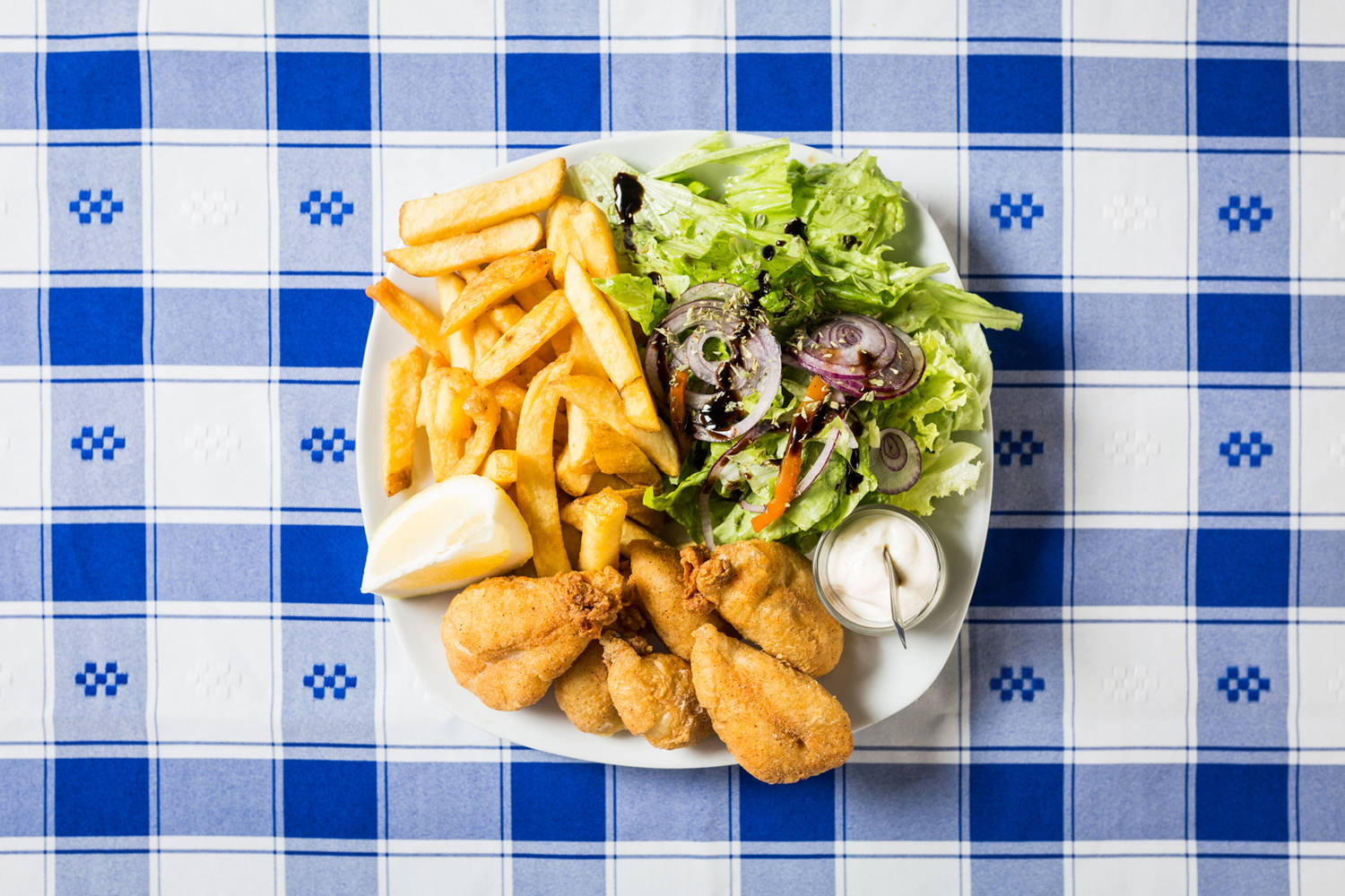 Our team picks chocos fritos or fried cuttlefish as one of the foods to try in Setubal, a short trip away from Lisbon.