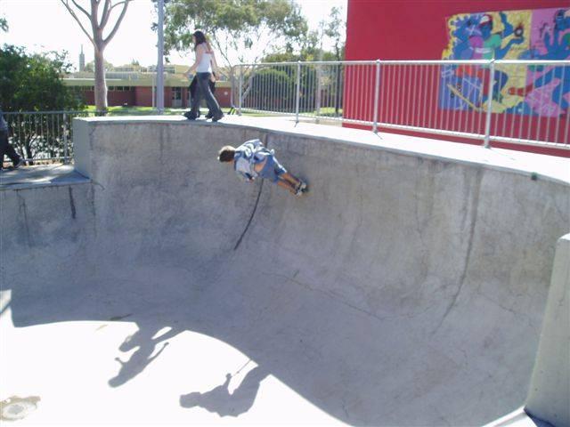 remove graffiti from skate park