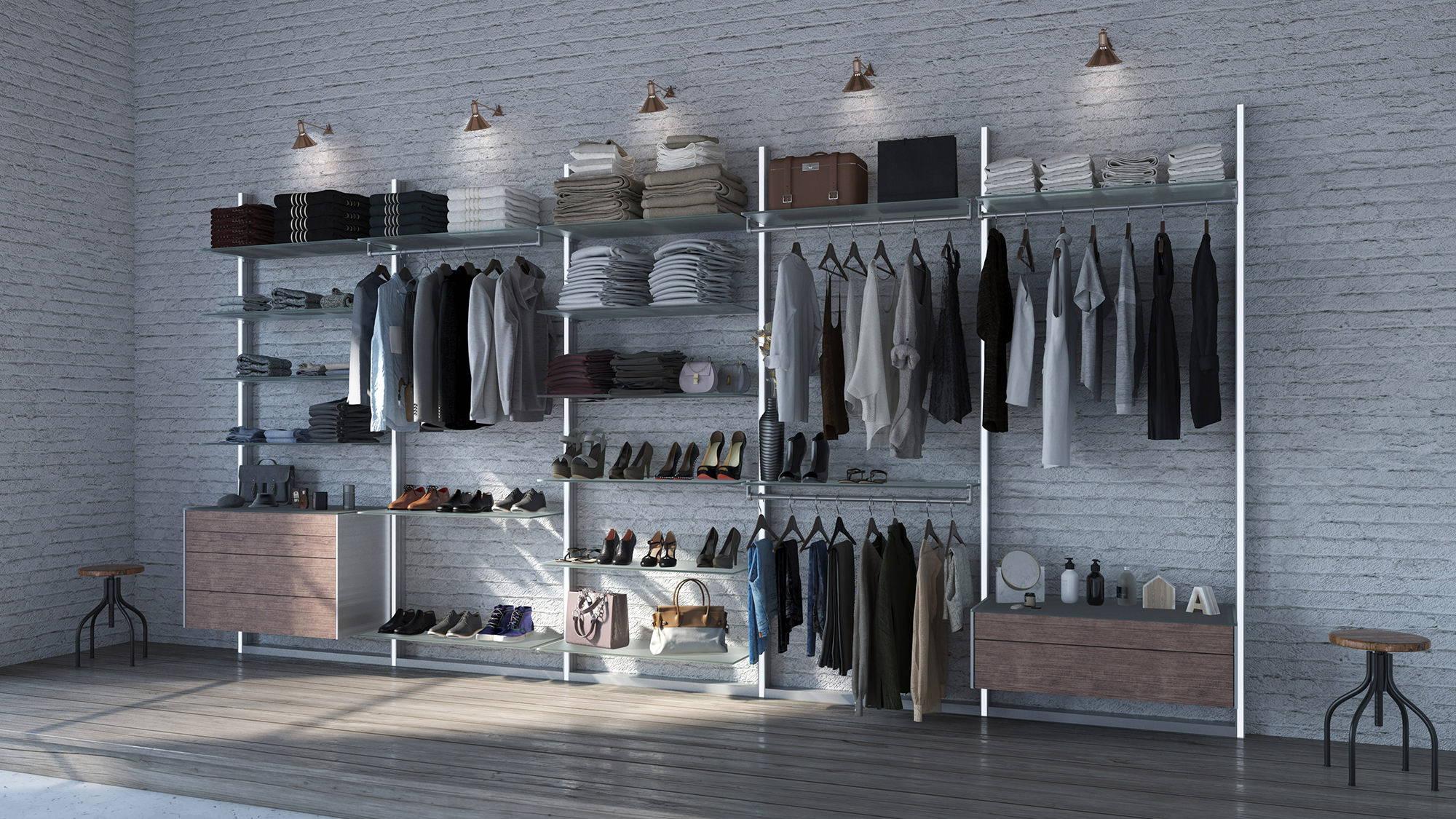 Modular walk-in closet with Ta'or drawers