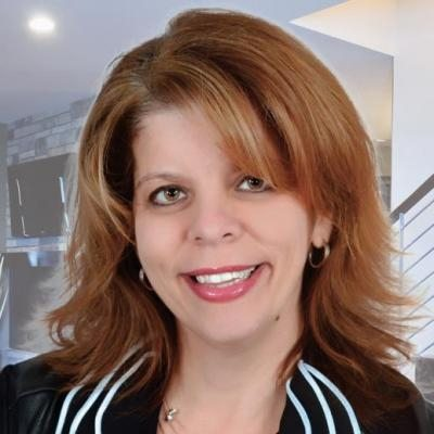 Helen Tsakalos  Real estate agent RE/MAX ROYAL (JORDAN)