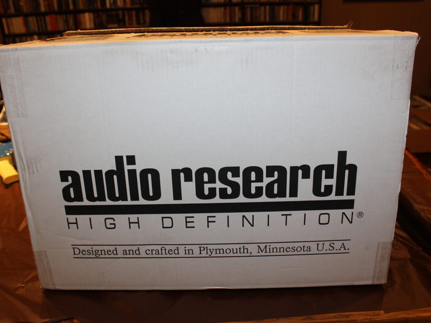 Audio Research LS27 Audio Research LS27 Line Stage Tube Pre-amp
