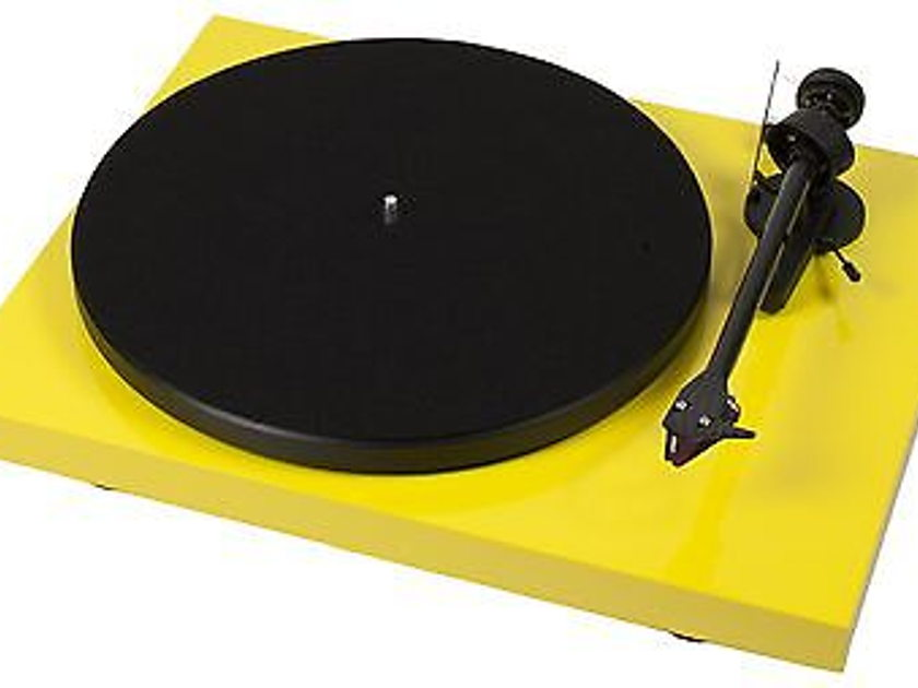 Project Audio Debut Carbon (DC) Yellow