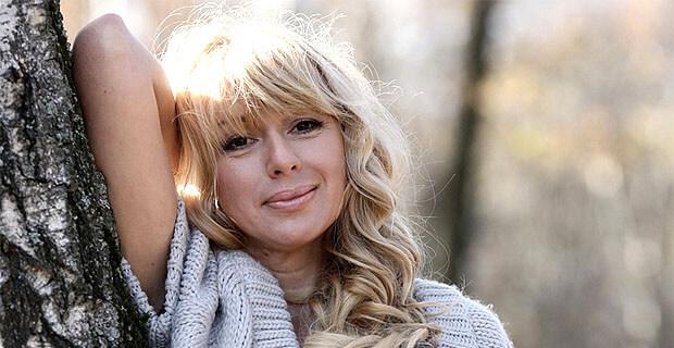 Алёна Апина в программе «Живая струна» на «Радио Шансон» - Новости радио OnAir.ru