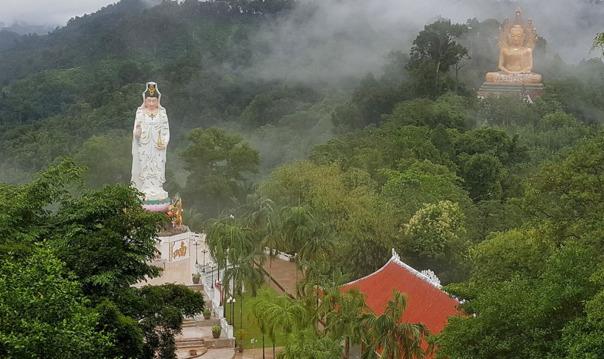 Парк Кхао Сок и озеро Чео Лан
