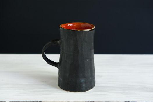 Брутальная керамическая чашка