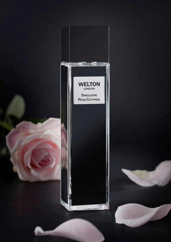 Singuliere Rose Chypree a chypre floral blend, both sparkling and mischievous, this perfume leaves no one indifferent, unisex fragrance