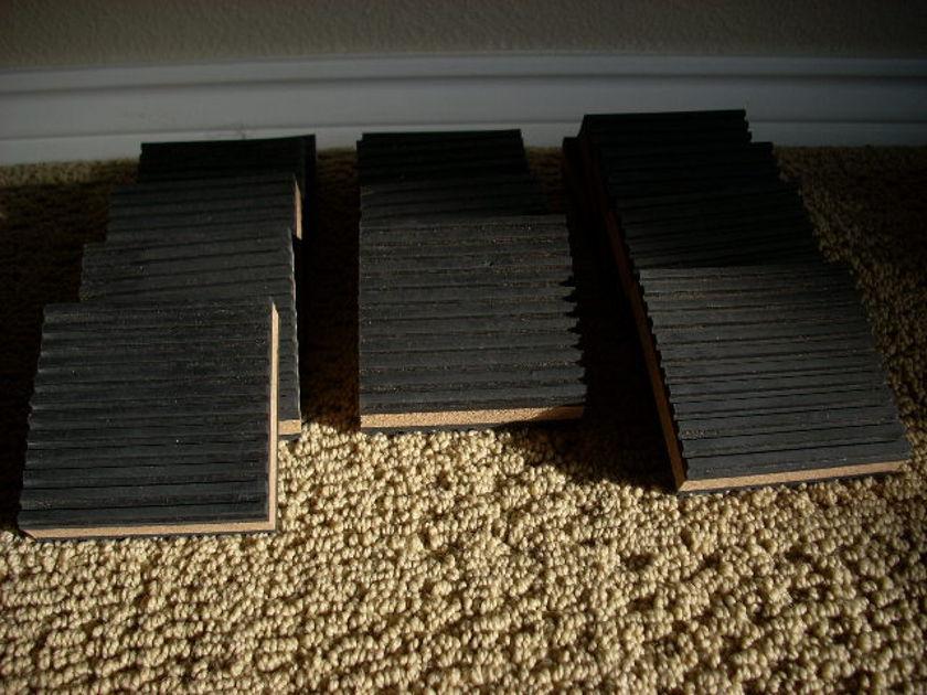 Isolation Blocks (Wagner) Rubber/cork  Set of 14 - Brand New