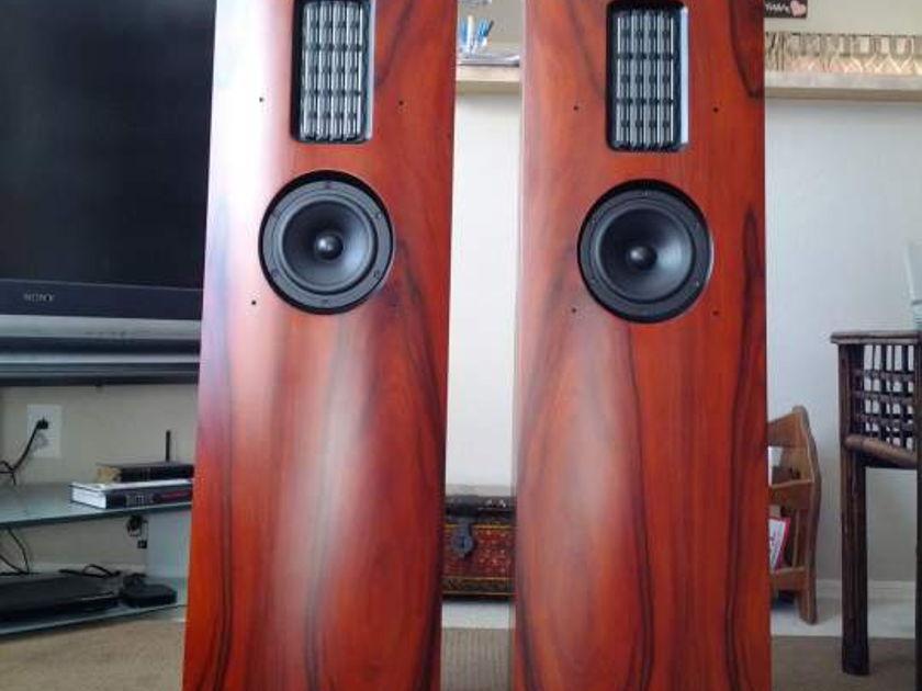 AV123 Onix Melody Strata Mini Wonderful, full range hi-fi speaker