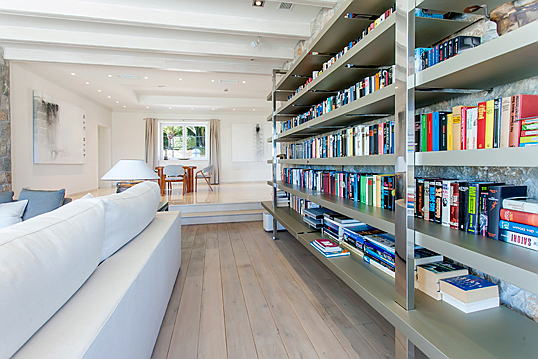 Santander, Cantabria, Spain - Home library ideas
