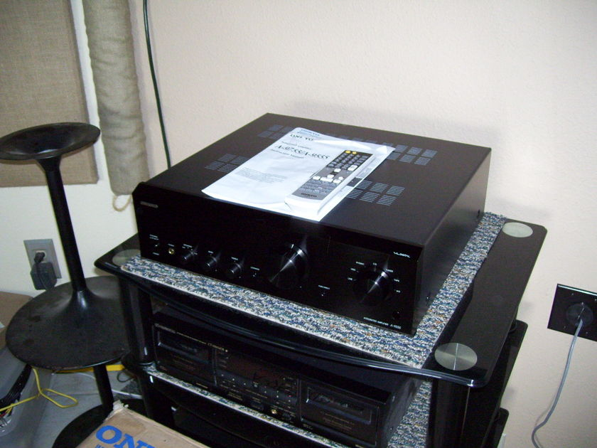 ONKYO A-9555 DIGITAL INTERGRATED AMP.