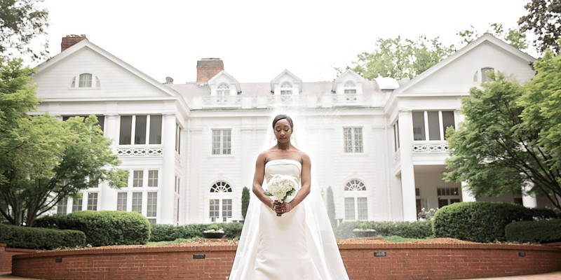 A Timeless Elegance Bridal Session