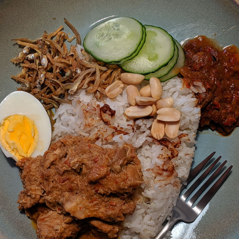 Made nasi lemak for a friend who visited 😎