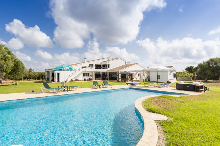 Mahón - Dream of house on Menorca with large plot