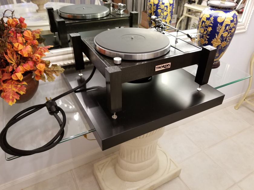 THORENS TD 150 LIMITED HIGH END TURNTABLE SIMPLY AMAZING AND UNIQUE !