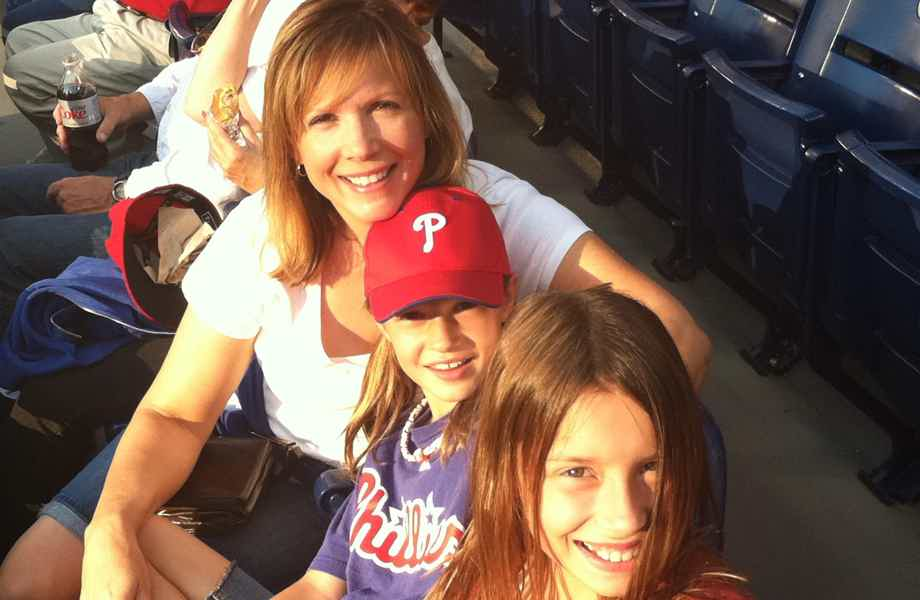 Franchise Owner of Primrose School Diane Szamborski with her daughters