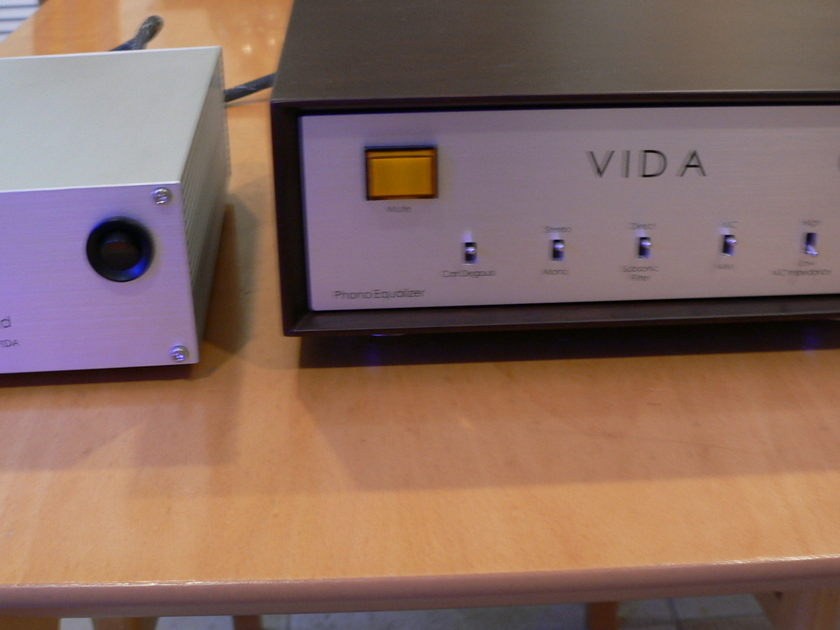 AuroraSound VIDA  / phono preamp Award winning