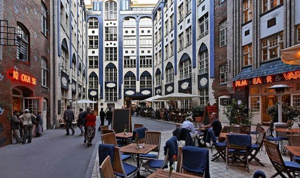 Эклектика Восточного Берлина
