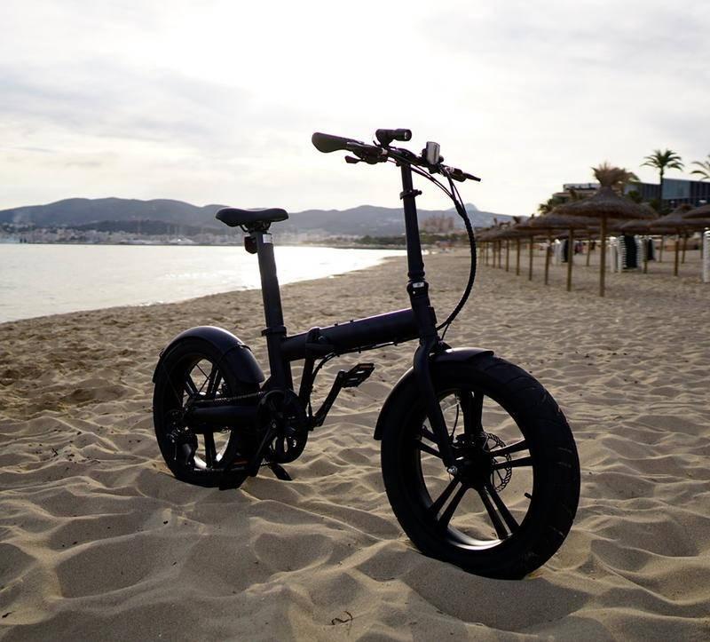 Bild von dem Veloic Concept am Strand