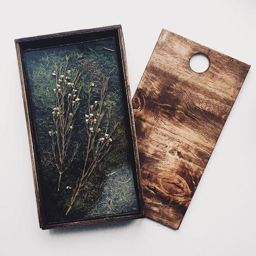 Подарочный деревянный пенал для гербариума со стабилизированным мхом среднего размера