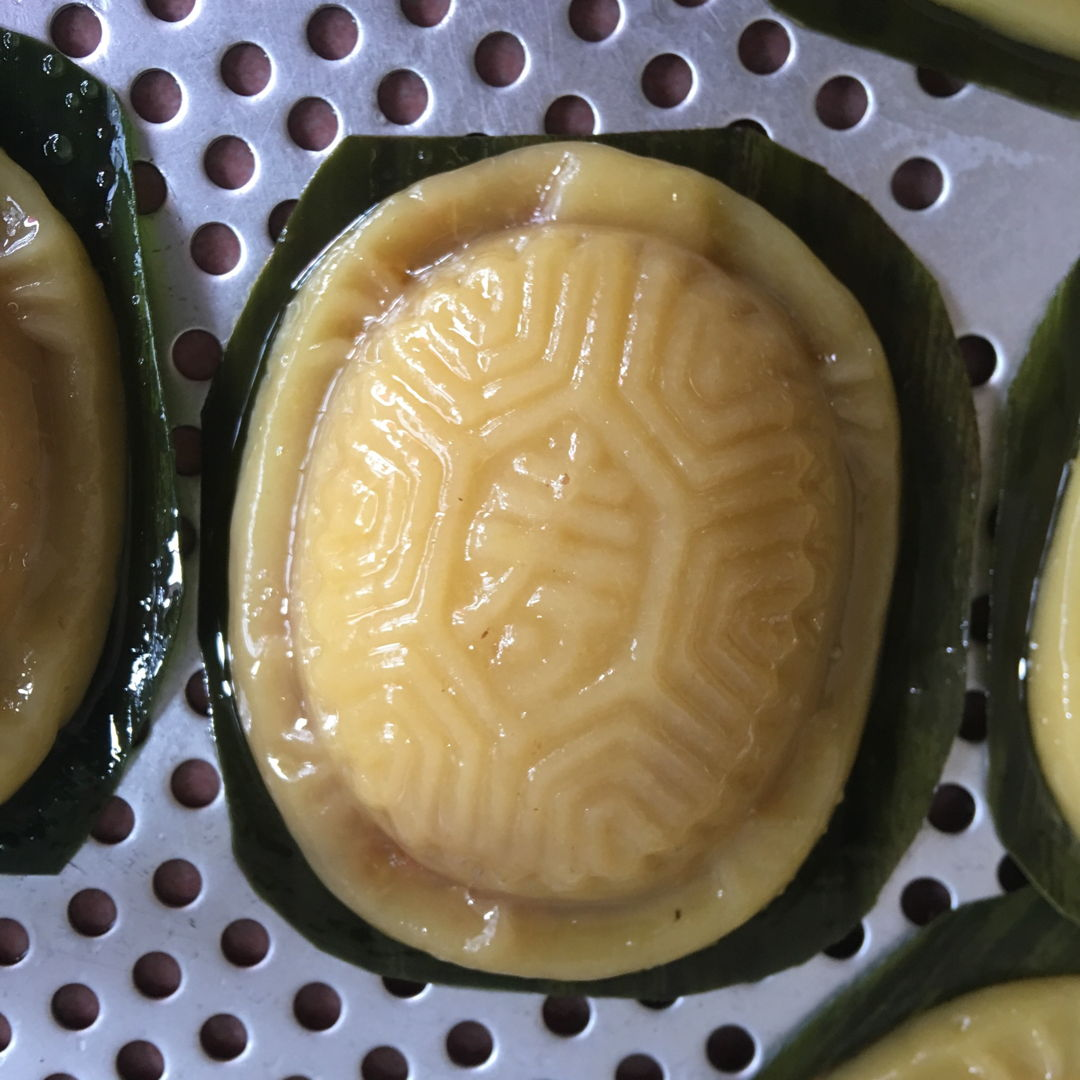 May 17th, 20 - Ang gu kueh. My daughter loves it with red bean filling. Boy and dad loves with peanuts filling. All are fulfilled.
