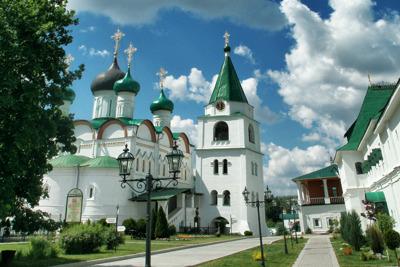 Прогулка на канатной дороге и посещение Печерского монастыря
