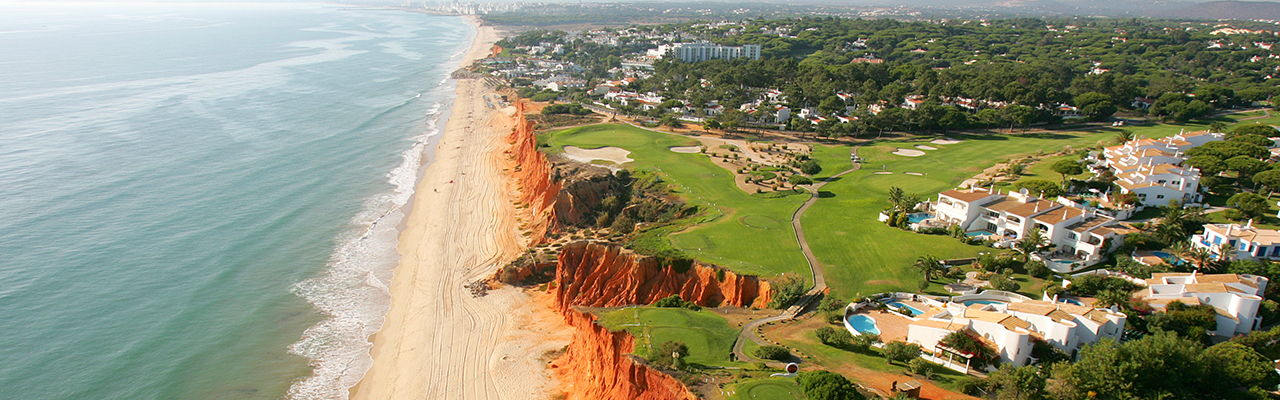 Hamburg - The resort Vale do Lobo Portugal is located on the Algarve coast and offers exclusive real estates, beautiful nature and a spectacular golf course right by the sea.