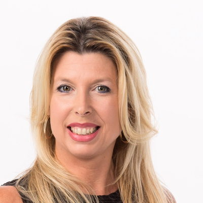 Isabelle Patenaude  Real estate agent RE/MAX Platine