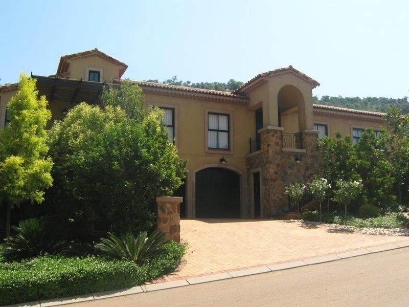 Real estate in Hartbeespoort Dam - ENV86902.jpg